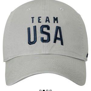 d326acd7ceb Nike Accessories - Nike Team USA Men s Campus Cap khaki GUC